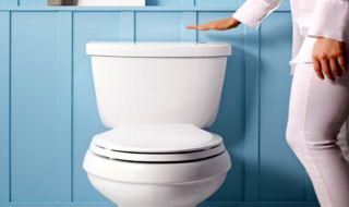 perempuan korsel waspadai kamera tersembunyi di toilet