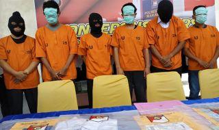 Enam Pelaku Praktik Perjokian Seleksi CPNS Kemenkumham yang diamankan Polrestabes Makassar.