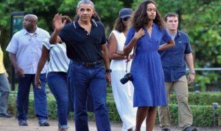 Putri Barrack Obama 'Menggila' di Video Musik dengan Harmonika