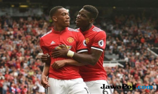 Manchester United, anthony Martial, Manchester United kalahkan Tottenham.