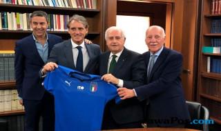 Roberto Mancini, Timnas Italia, Piala Dunia 2018, Giampiero Ventura, FIGC,