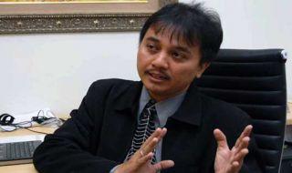 Roy Suryo,