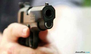 Polisi tembak mahasiswa, polisi salah apartemen, Botham Shen jean,