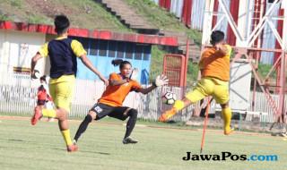 Semen Padang vs Persiba Balikpapan