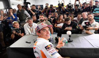MotoGP 2018, GP Malaysia, Vinales, Rossi, Marquez, Dovizioso, Lorenzo, Crutchlo, Iannone, Pedrosa