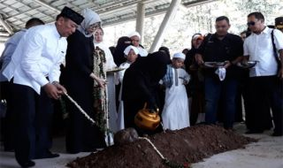 Pemakaman Cucu Wiranto