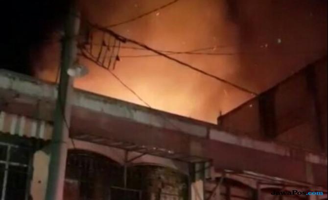 13 Rumah dan 7 Ruko Dilahap Api di Kabupaten Pidie