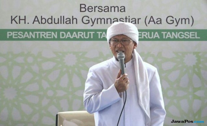 Ustad Abdullah Gymnastiar atau biasa disapa Aa Gym