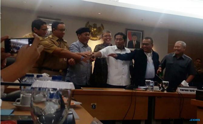 Anies dan Pimpinan DPRD DKI Teken KUA-PPAS 2018 Rp 77,1 Triliun
