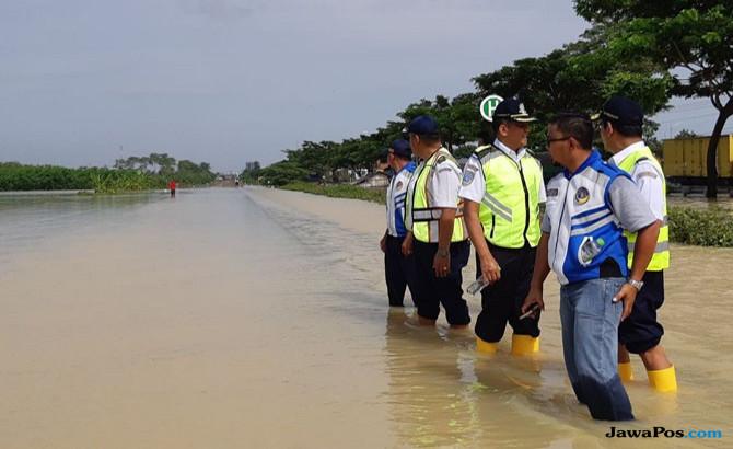 Jalur kereta api banjir