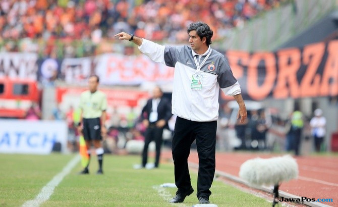 Teco serang balik Arema FC