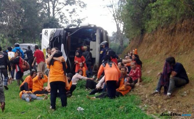 Dievakuasi ke RSUD Subang, Korban Bus Maut di Tanjakan Emen Jadi 26