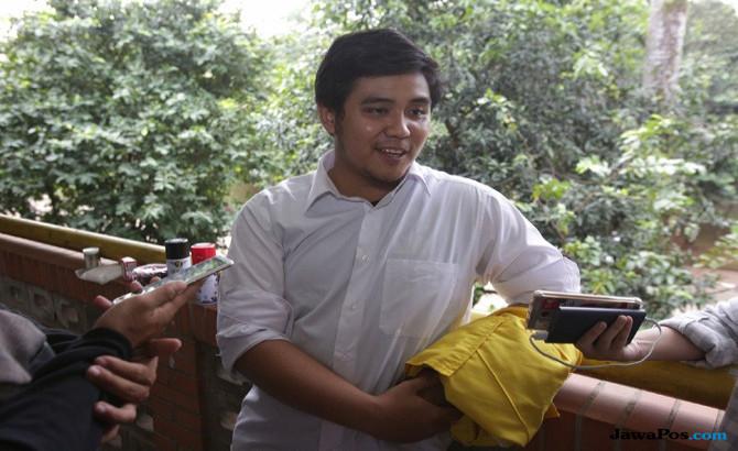 Effendi Gozali Nyinyirin Pendukung Jokowi yang Kritik Zaadit di Medsos