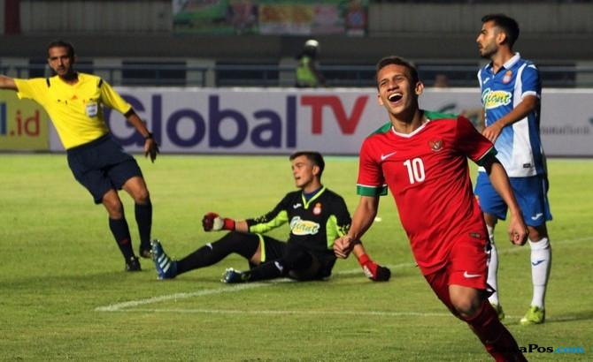 Egy Maulana Vikri, PKNS FC, Selangor FA, Timnas Indonesia,