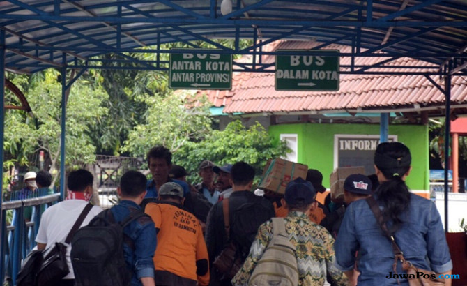 H-2 Lebaran, Terminal Kampung Rambutan Mulai Alami Peningkatan Pemudik