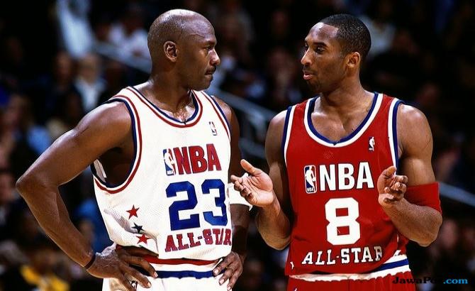 Hanya Jordan & Kobe yang Bisa Buat Triangle Offense Berjalan Baik