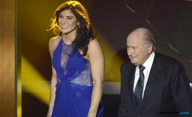 Hope Solo, Pesepak Bola Wanita, Sepp Blatter, Pelecehan Seksual