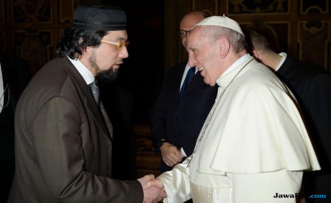 Imam Besar Italia: Idul Fitri Sarana Berterima Kasih kepada Allah SWT