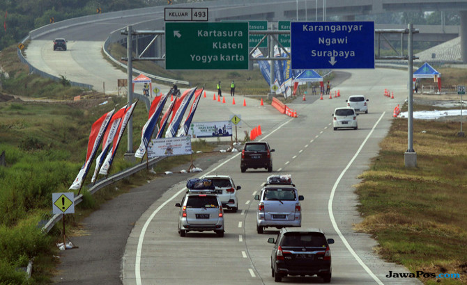 Jembatan Kali Kenteng Masih Rawan Dilintasi, Ikuti Petunjuk Petugas