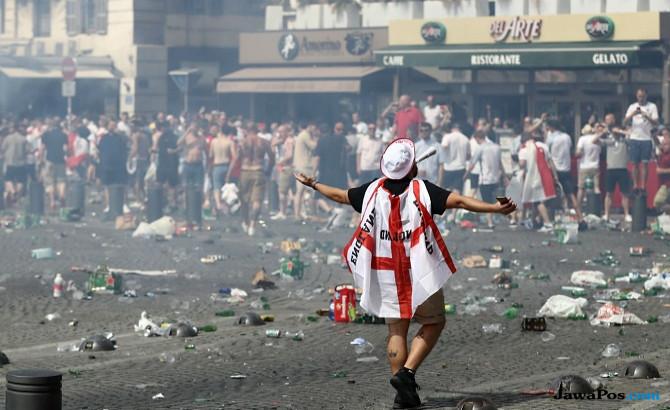 hooligans inggris