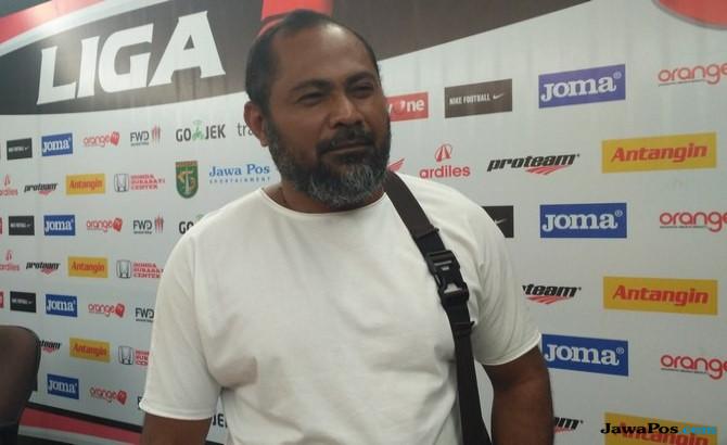 PSBS Biak, Persebaya Surabaya, Liga 2, Daniel Karetji