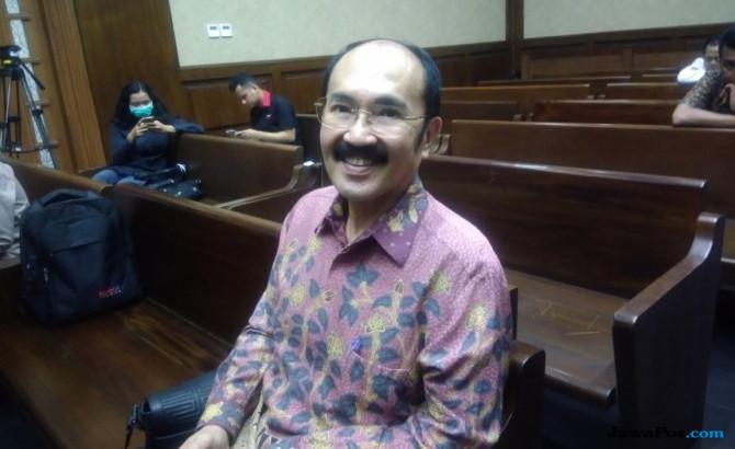 Puasa di Sel Cipinang, Fredrich Kangen Kolang-kaling Buatan Istri