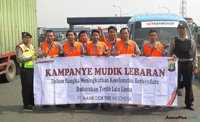 Sambut Idul Fitri, Hankook Tire Berbagi Sembako dan Peta Mudik