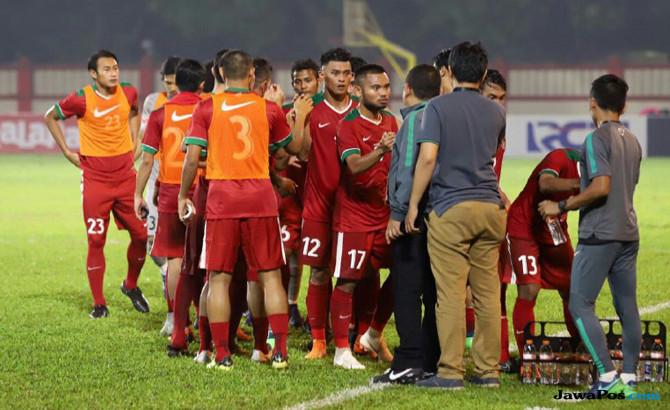 Timnas Indonesia Kalah dari Thailand, Luis Milla Soroti Pemain Senior