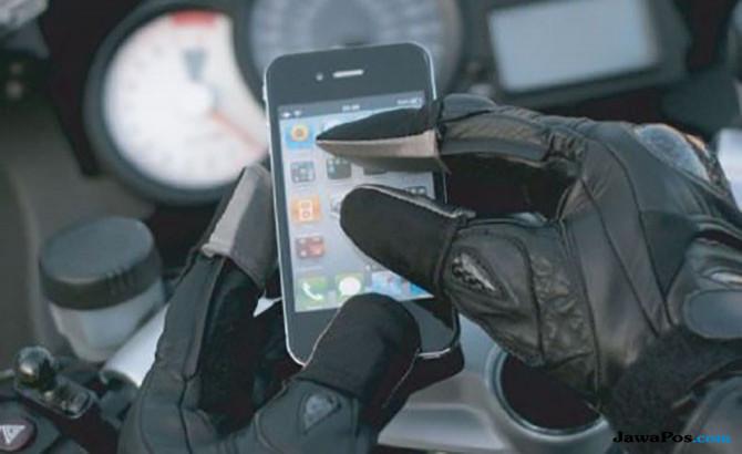 Tips Praktis Membuat Sarung Tangan Responsif Touch Screen