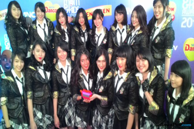 Hore, JKT48 Menang Grup Kesayangan di Mom & Kids Awards 2015