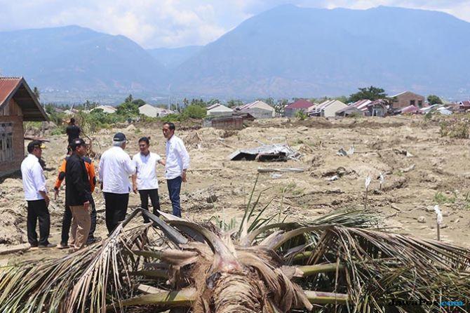 4 Kecamatan Masih Terisolasi di Sigi, Bantuan Dikirim Dengan Heli