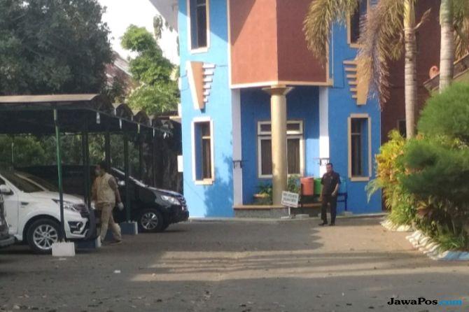 5 Jam Geledah Kantor Disdik Malang, KPK Amankan Dokumen