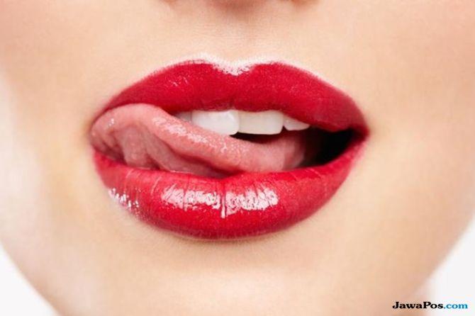 tips ciuman, tipe ciuman, cara berciuman,