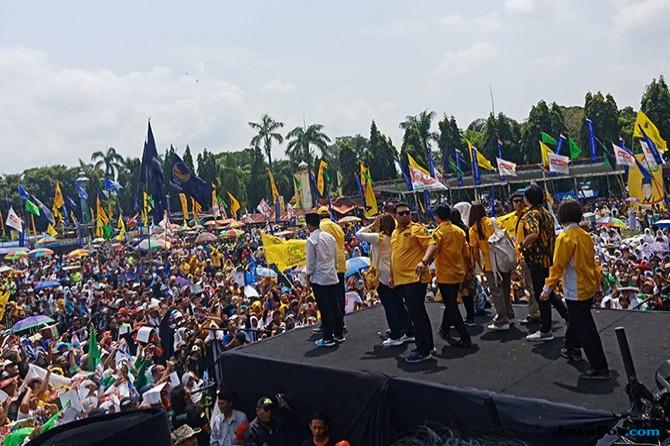Airlangga Puji Prestasi Khoffiah Saat Jadi Mensos Era Jokowi