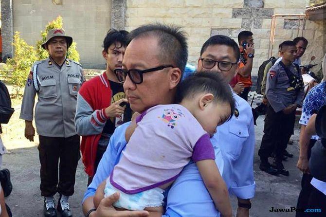 Alhamdulillah! Bayi yang Ditemukan Mensos Telah Bersama Keluarganya