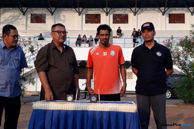 Liga 1 2018, Arema Sriwijaya, Alfin Tuassalamony