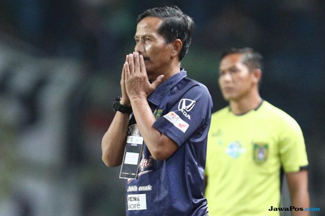 Arema FC, Persebaya Surabaya, Liga 1 2018, Djadjang Nurdjaman, Djanur