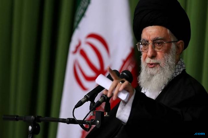 Ayatollah Ali Khamenei Tuding AS Pindahkan Teroris IS ke Afghanistan