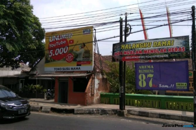 Baliho Tolak Deklarasi Ganti Presiden Bermunculan di Kota Malang