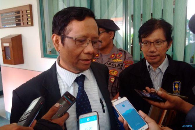 Belum Kembalikan Aset Kemenpora, Mahfud MD: Roy Suryo Bisa Dipidana