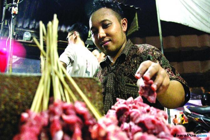 Berburu Kuliner Malam Kota Delta, Sate Barongan Jujugan Artis–Pejabat
