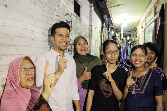 Blusukan ke Kampung Kumuh, Emil Prioritaskan Rumah Layak Huni