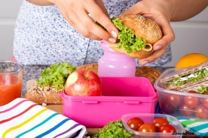 Bunda, Perhatikan Syarat Bekal Sehat untuk Anak Sekolah