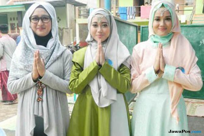 Cantik Banget! Santriwati Cianjur Ikut Fashion Show Busana Muslimah