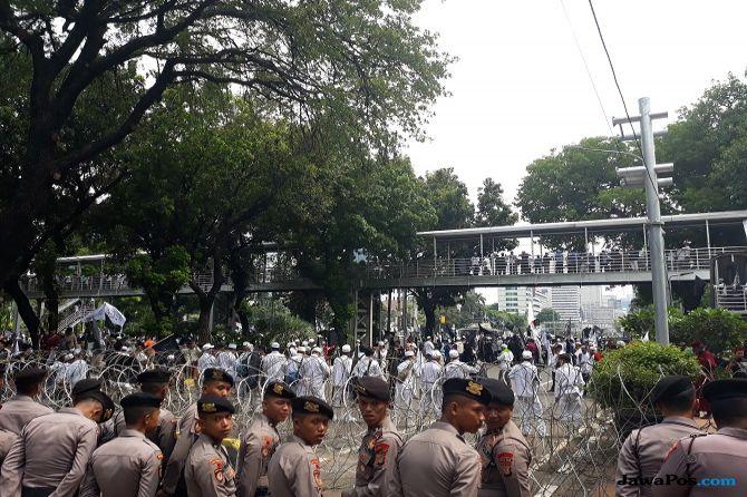 Di Perizinan 10.000 Orang, Massa Aksi 211 yang Datang Baru 6 Ribuan