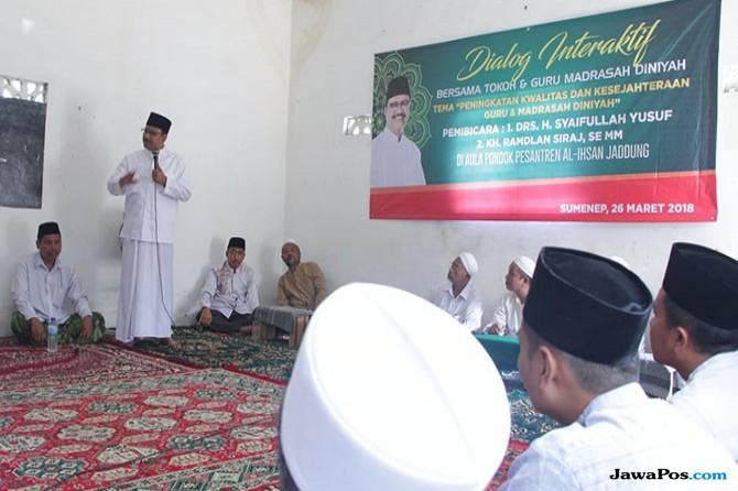 Di Sumenep, Gus Ipul Berkomitmen Perluas Beasiswa Bagi Guru Madin
