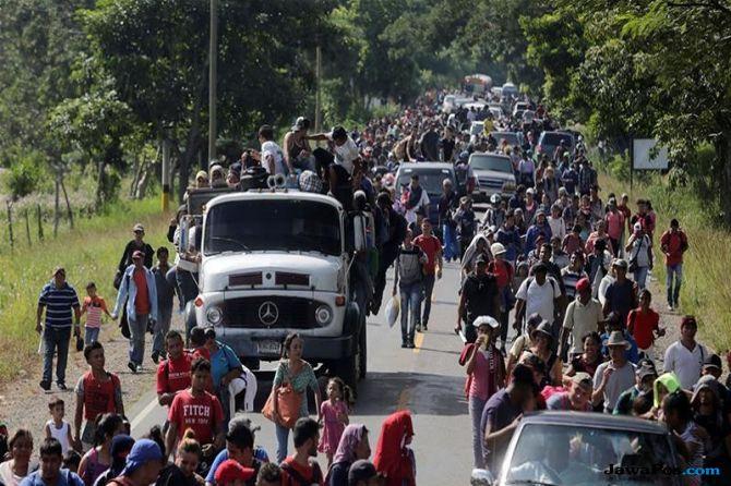 migran honduras, migran, AS, trump, migran jalan kaki,