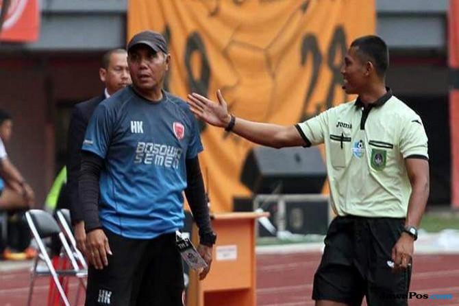 Fauzan Arifin dianggap beri keputusan yang memberatkan Persib.
