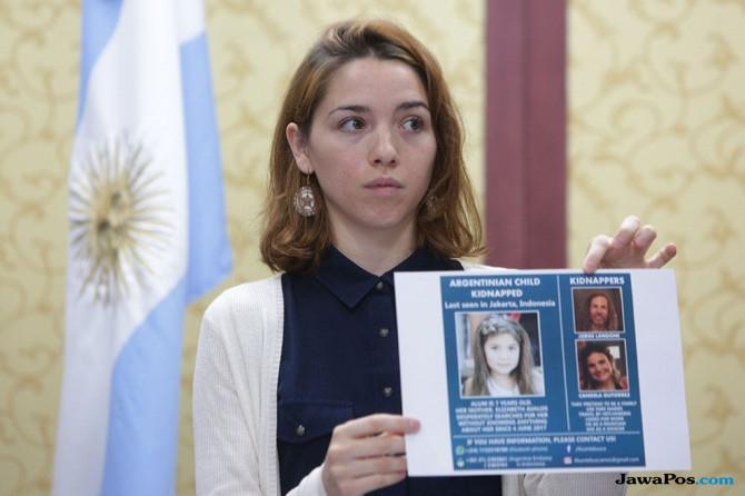 Diculik Ayah, Ini Pengakuan Mengejutkan Bocah Argentina Soal Ibunya