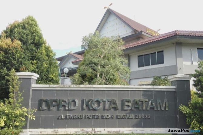 Dua Honorer DPRD Batam Dikabarkan Berbuat Mesum di Ruang Pimpinan